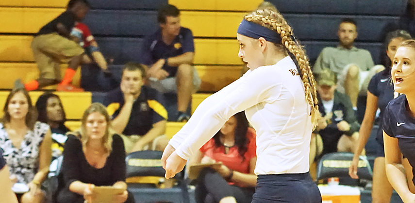Ashley Miller went over the century mark in digs, averaging 6.6 per set